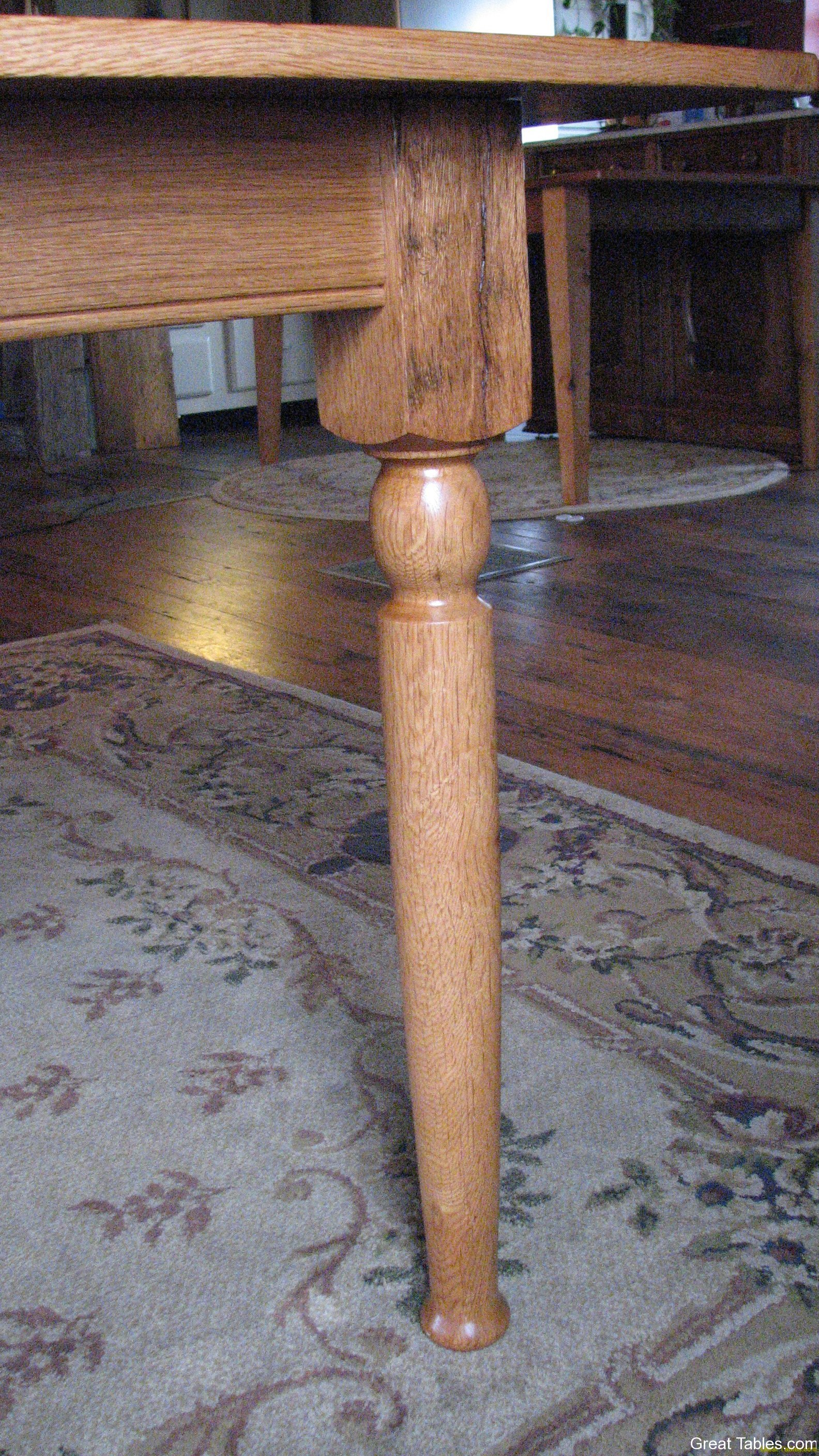 Farm style legs in Oak
