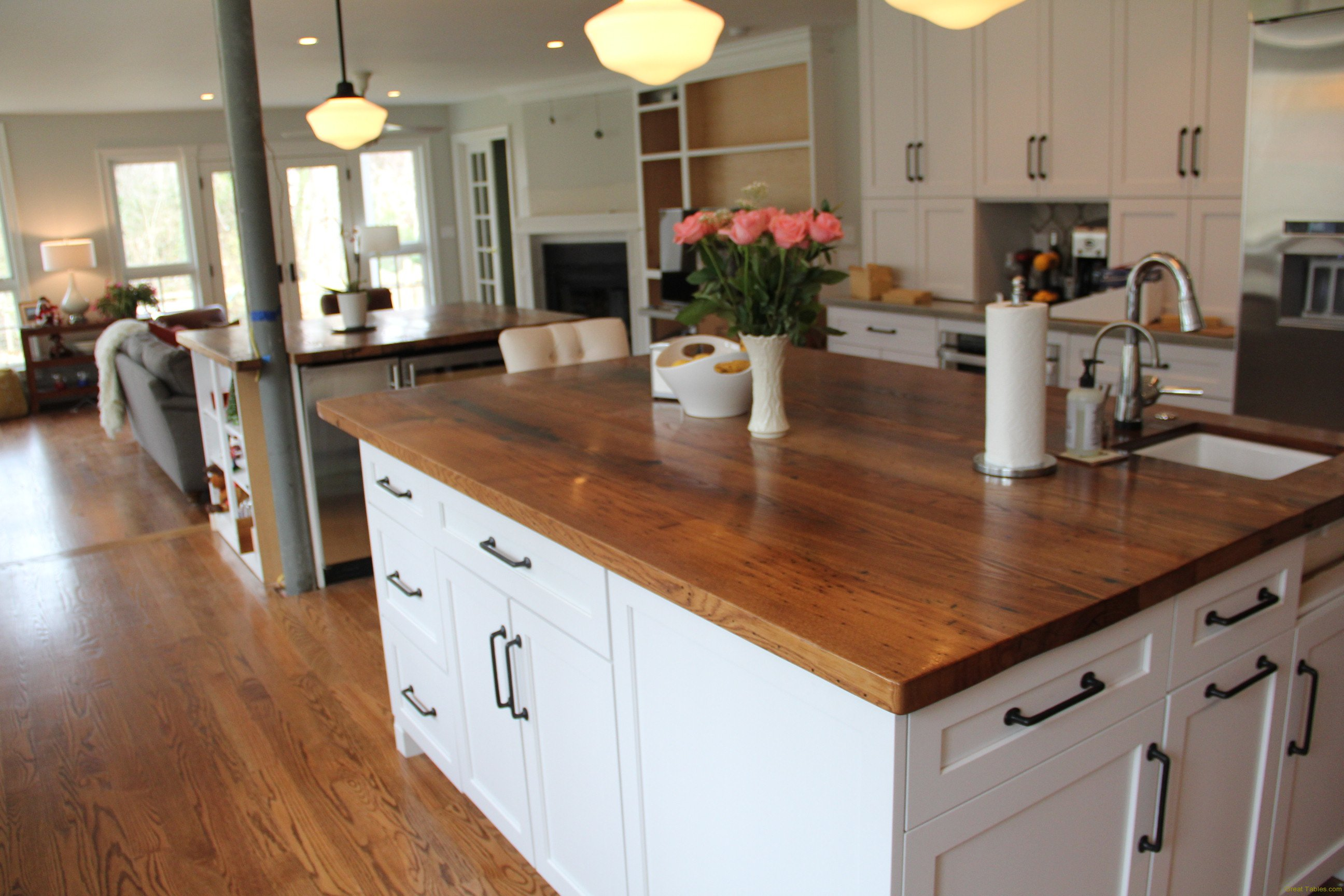 Reclaimed Wood Tops and Features Reclaimed Wood