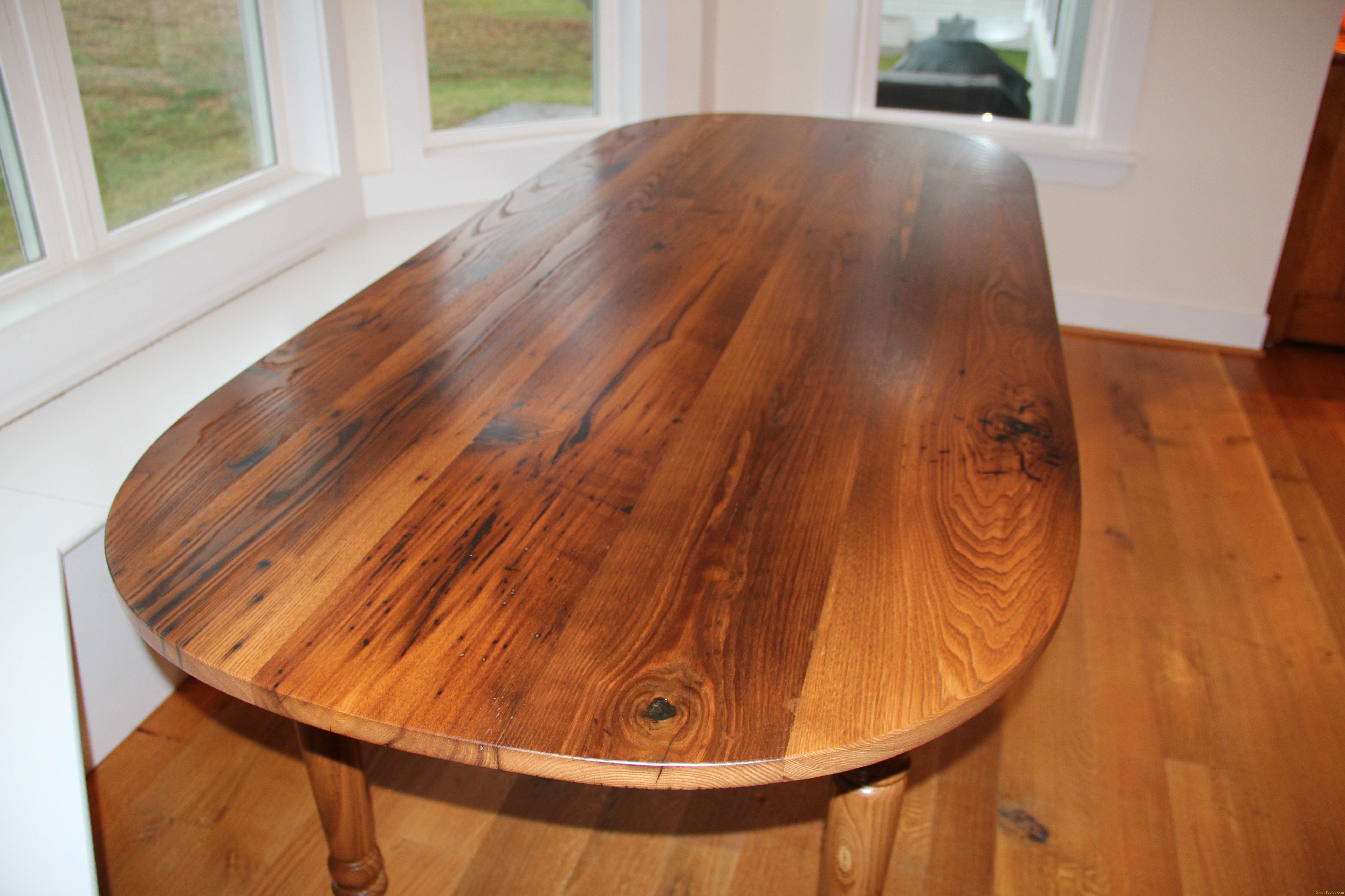 Round And Oval Tables Reclaimed Wood Furniture In